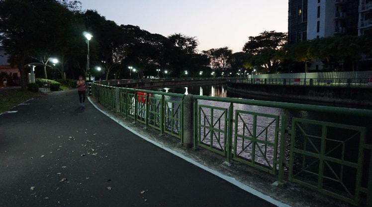 Kinanti Ayu in Singapore back image