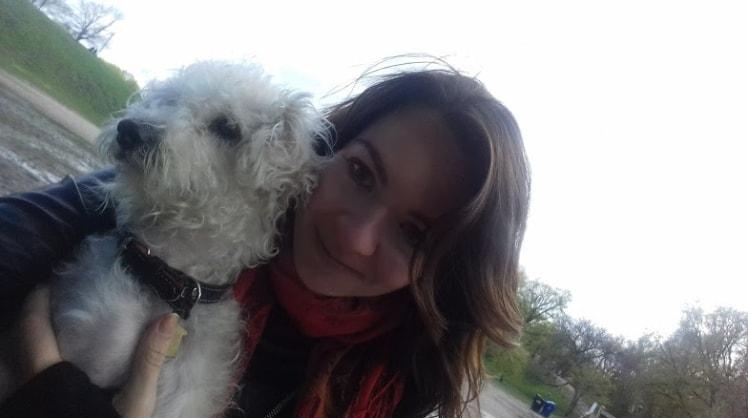 Elisa à Etobicoke back image