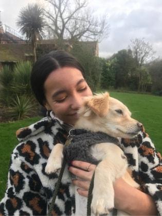 Lissy in London back image